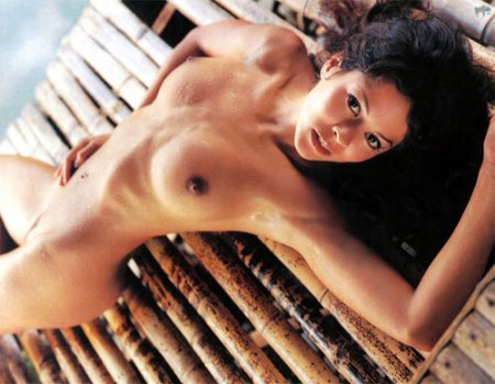 brooke_burke_nude_down