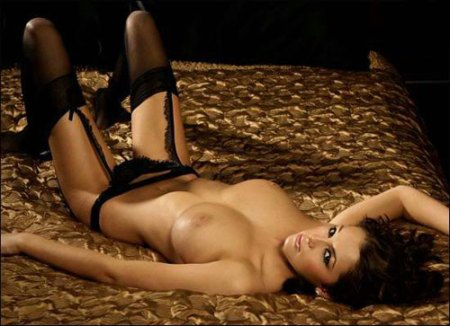 keeley_hazell_black_lingeri