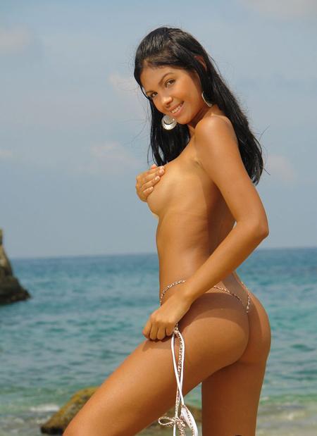 karla_spice_micro_bikini5